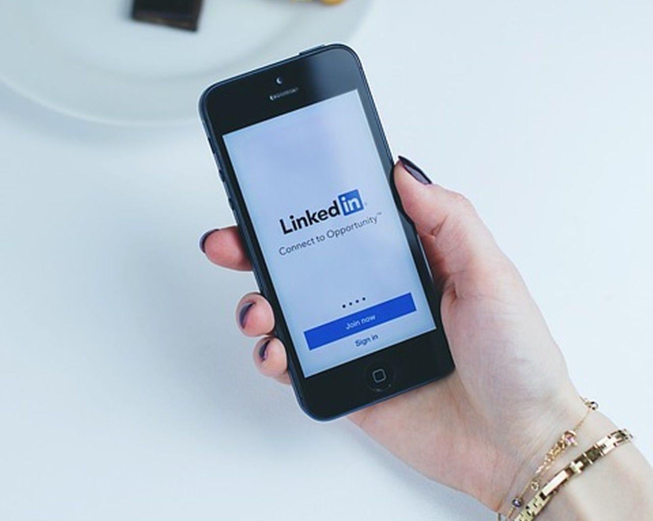 Marketing médico: a importância de ter um perfil no LinkedIn