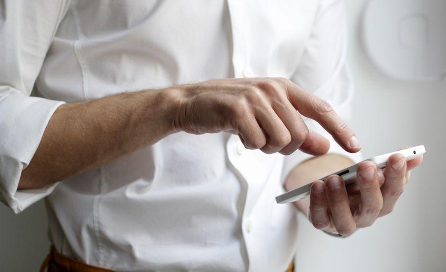 Redes sociais para clínicas: como lidar com comentários
