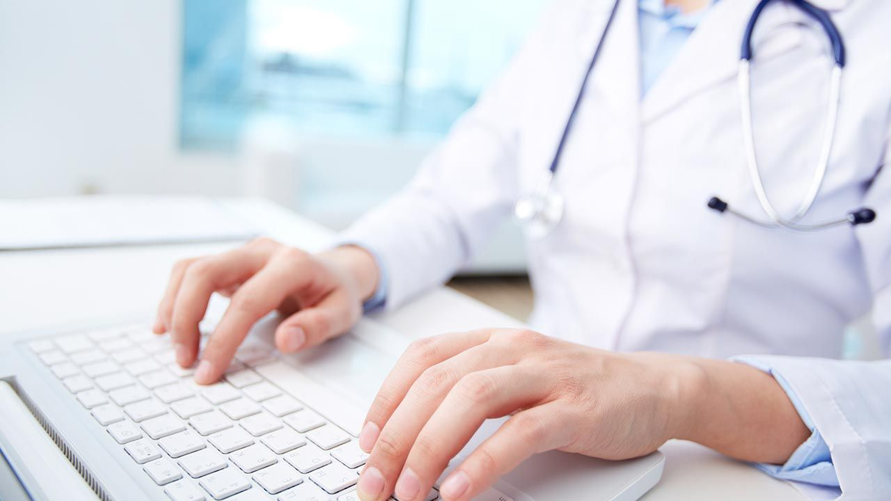 Covid-19 e telemedicina: como realizar prescrições