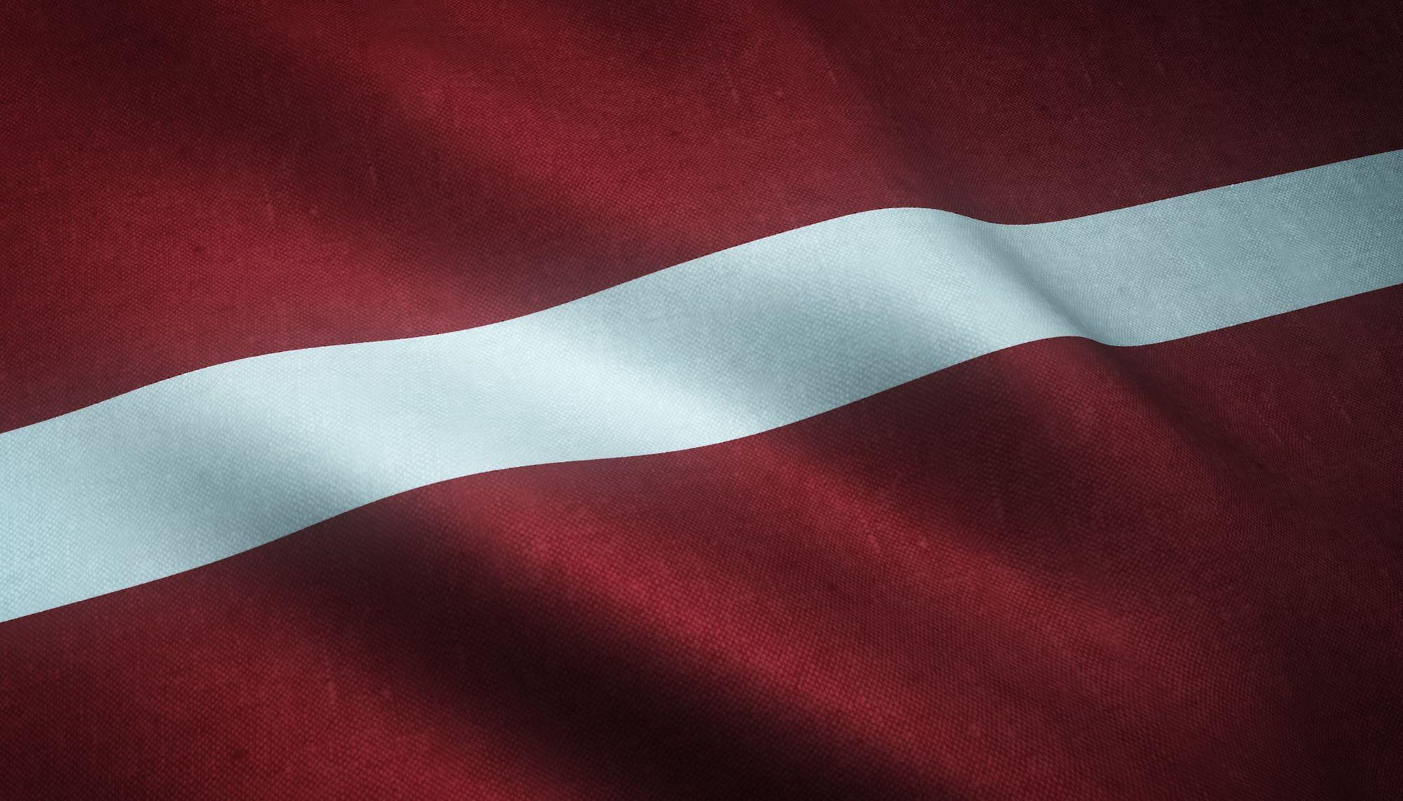 Como o sistema de saúde funciona na Letônia?
