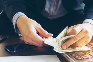 F.I.R.E Movement การออมเงินแบบไฟลุก เส้นทางใหม่สำหรับคนอยากเกษียณตั้งแต่อายุ 30