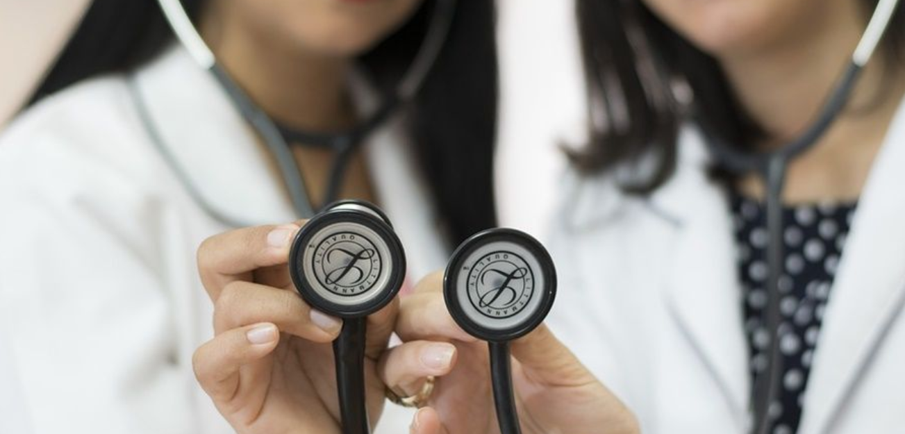Starting a business for health professionals: know the options and their differences