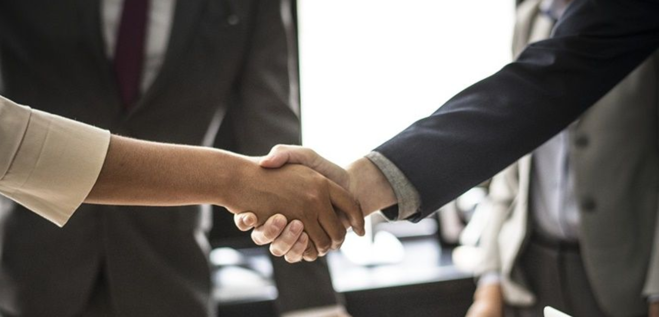 How to maintain a good relationship with suppliers?