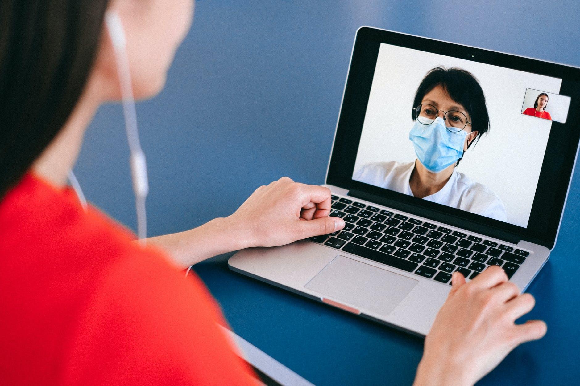 Advantages of using the Ninsaúde Apolo electronic medical record