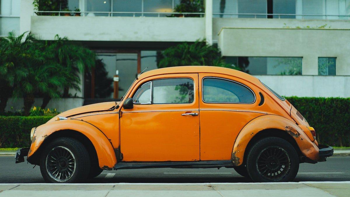 Racial Disparities in Auto Insurance Pricing